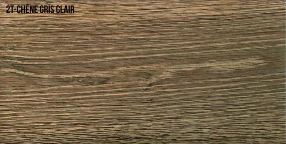 Oxidado madera de roble en gris claro envejecido
